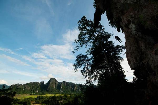 Laos Travel: Rock Climbing